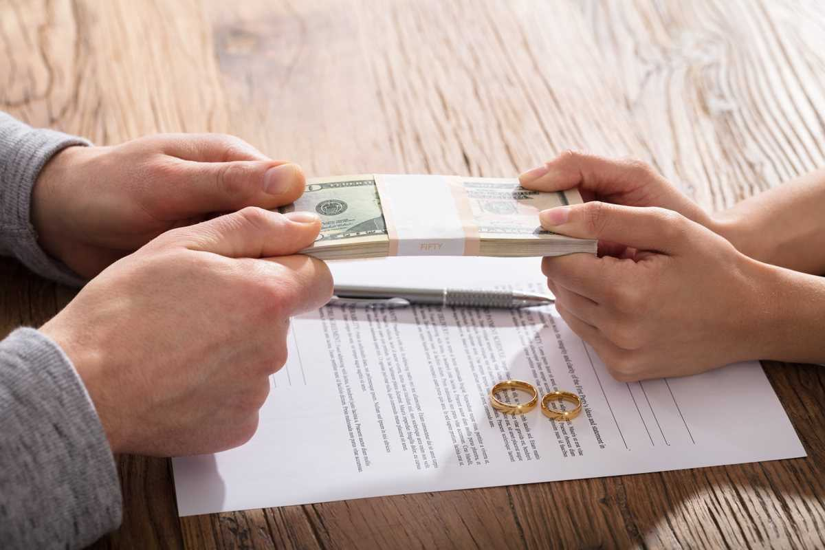 divorce attorney explains temporary support